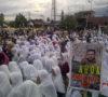 Massa Berdoa, Semoga Ahok Diadili Secara Hukum
