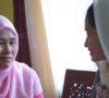 Istri Dodi Reza Alex Kunjungi Korban Pembunuhan Terhadap Sopir Taksi Online