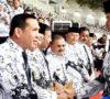 Nanan Terima Penghargaan dari Jokowi