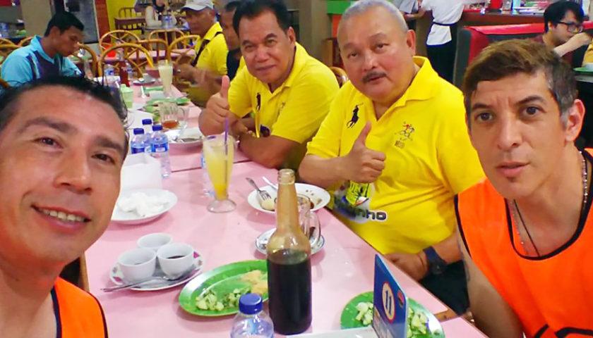 Cristian Carassco dan Ronald Fagundez Suka Pempek