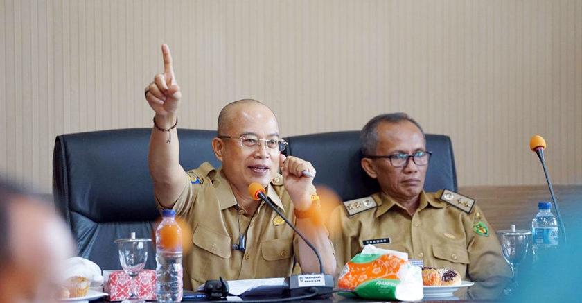 Plt Bupati Gelar Rapat Evaluasi SAKIP