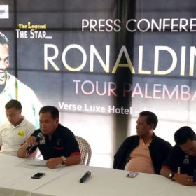 Ronaldinho Tour 2019 Batal di Palembang, Ini Penyebabnya…