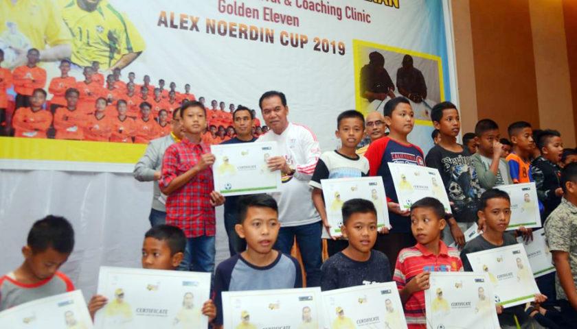 900 Anak Usia Dini di Muaraenim dan Lahat Terima Sertifikat Alex Noerdin Cup 2019