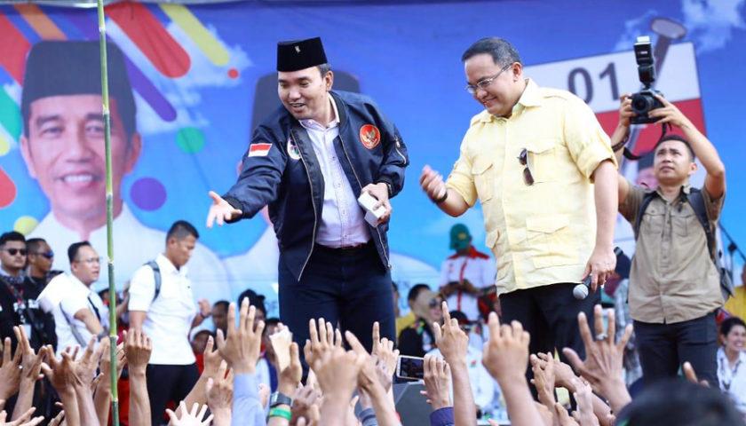 Massa Militan Pendukung Jokowi Padati Lapangan Gelanggang Remaja Sekayu