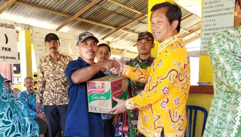 Sesda Salurkan Bantuan Korban Bencana Banjir