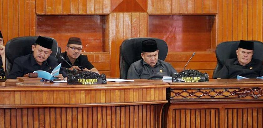 Ketua DPRD Pimpin Rapat LKPJ Bupati Bengkulu