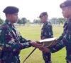 Komandan Yonkav-5/DPC Karang Endah Serahkan Training Satuan