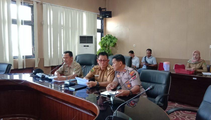 Sukseskan Pertandingan Sepak Bola Porwil Sumatera di Stadion Padang Panjang