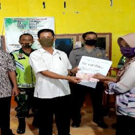 Pemdes Padang Jawi Bagikan 91 KK Penerima BLT-DD