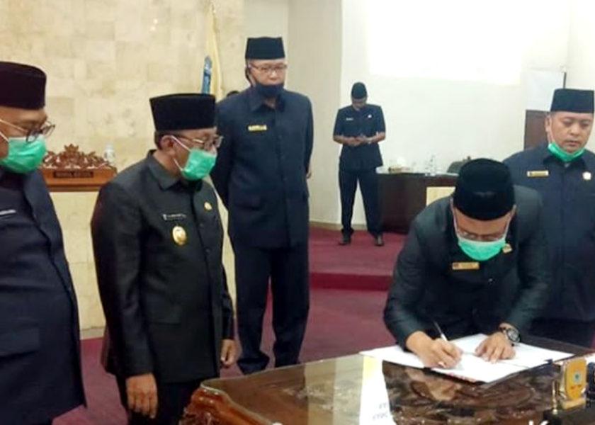 DPRD dan Pemkab Tanda Tangani Nota Kesepakatan
