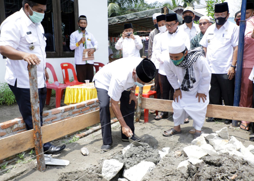Bupati Lakukan Peletakan Batu Pertama Pembangunan Rumah Tahfiz Daarul Quran