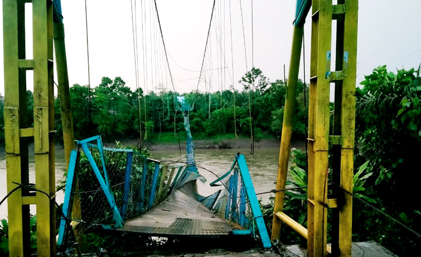 Diduga Menyalahi Spek, Jembatan Semete Nyaris Ambruk