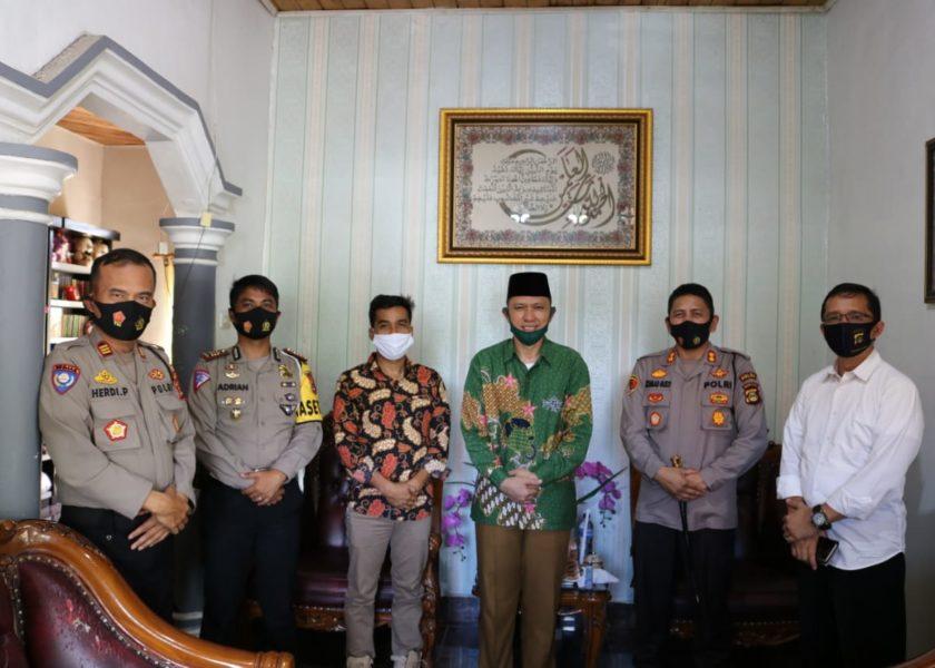 Kapolres Lahat Kunjungi Kediaman Ketua PCNU dan FKUB