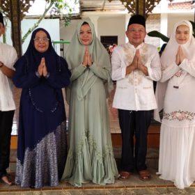 Hj Suwarti, Bidan Desa yang Siap Mengukir Sejarah Perpolitikan Musi Rawas