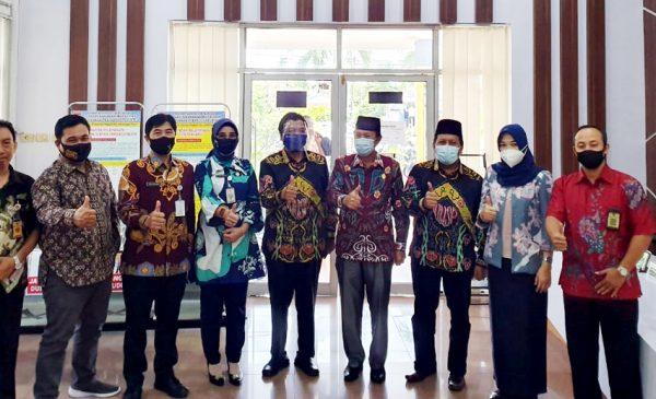 Pelaksana Tugas (Plt) Wali Kota Bengkulu dan rombongan lakukan kunjungan kerja ke Pemerintah Kota Lubuklinggau. Jumat (2/10).