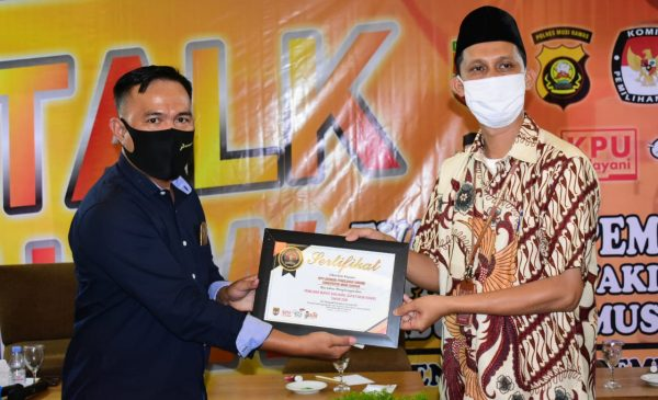 Gelar Talkshow, KPU Gandeng PWI Mura