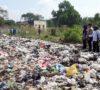 Kesal, Sampah Dihamburkan Kejalan