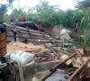 Puluhan Rumah Dihantam Puting Beliung