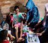 Camat Sanga Desa Berikan Bantuan Pada Korban Kecelakaan