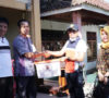 Plt Bupati Serahkan Bantuan Korban Kebakaran