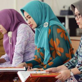 Thia Yufada Dodi Ajak Masyarakat Gemar Baca Al Quran