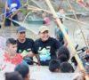 Di Danau Siarak, Dodi Reza 'Nangkul' Bareng Warga Muba