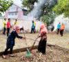 Cegah Berkembang Nyamuk Aedes Aegypti, Kecamatan Plakat Tinggi Bersih-bersih Lingkungan