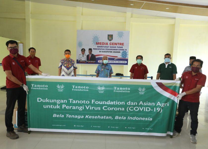 Foundation dan Asian Agri Serahkan Bantuan APD Kepada Gugus Tugas Percepatan Penanganan Covid-19