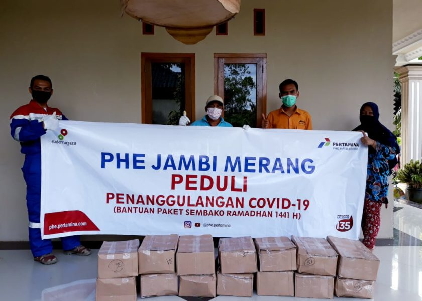 SKK Migas & KKKS PHE Jambi Merang Salurkan Sembako