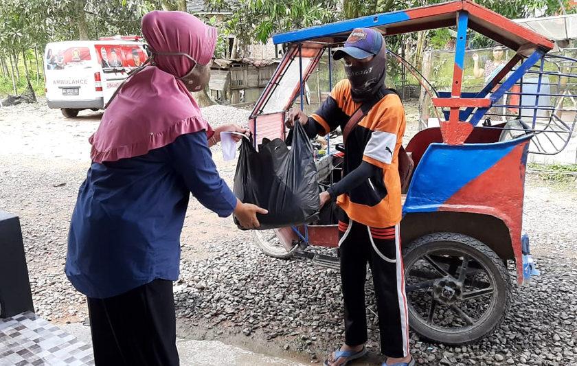 Cukup Lewat Telepon, Kebutuhan Dapur Emak-emak di Muba Langsung Diantar ke Rumah