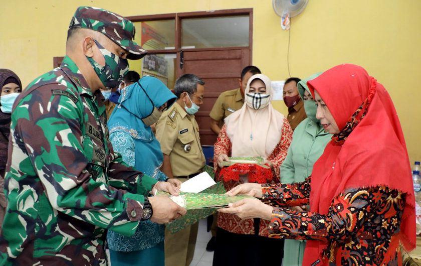 Pelayanan KB Bergerak Dalam Rangka TNI Manunggal