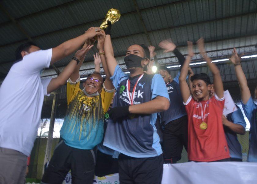 Eksbis Raih Juara 1 Turnamen Futsal Jurnalis