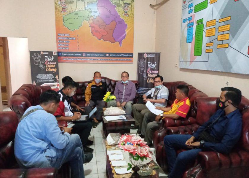 Tim Advokasi 1 Laporkan Dugaan Politik Uang ke Bawaslu Mura