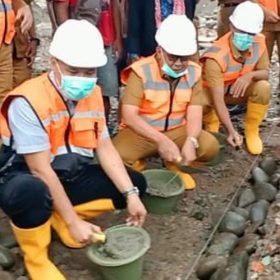 Wabup Lakukan Peletakan Batu Pertama Pembangunan Perumahan Korban Kebakaran